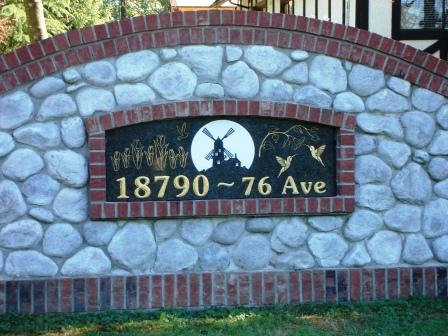 polished-granite-stone-carving