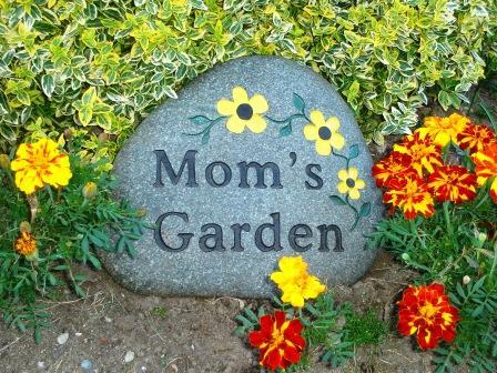Garden stone thumb