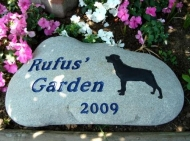 Rufus garden stone