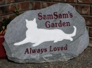 white-cat-garden-memorystone